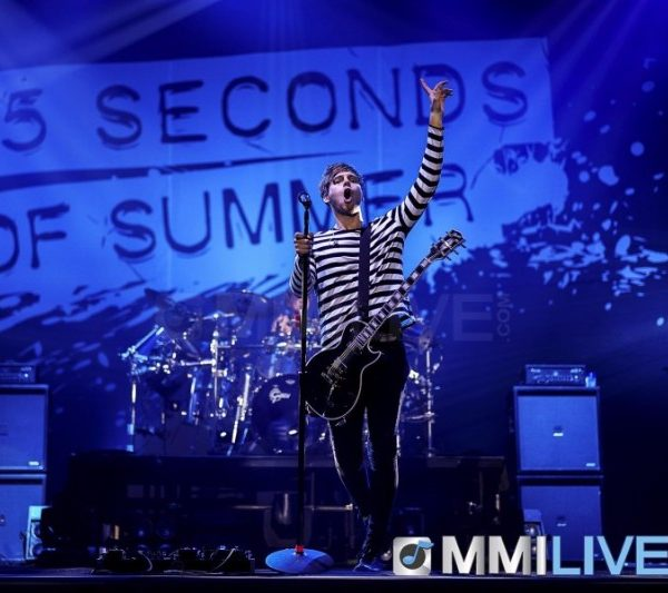 5 Seconds of Summer 2016 (14)