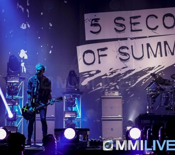 5 Seconds of Summer 2016 (2)