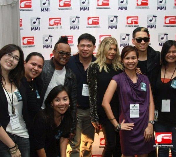 BLACK EYED PEAS MEET AND GREET 2011 (5)