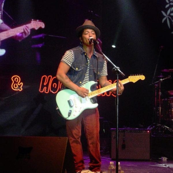 BRUNO MARS 2011 (13)