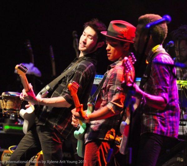 BRUNO MARS 2011 (15)