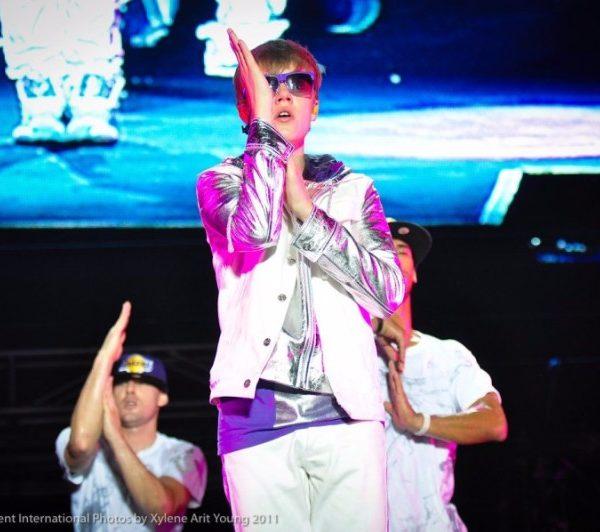 JUSTIN BIEBER 2011 (7)