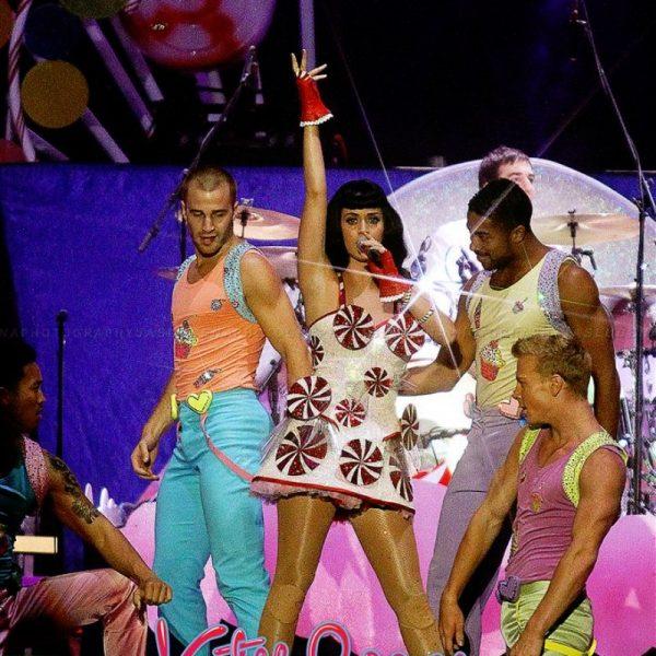 Katy Perry California Dreams 2012 (9)