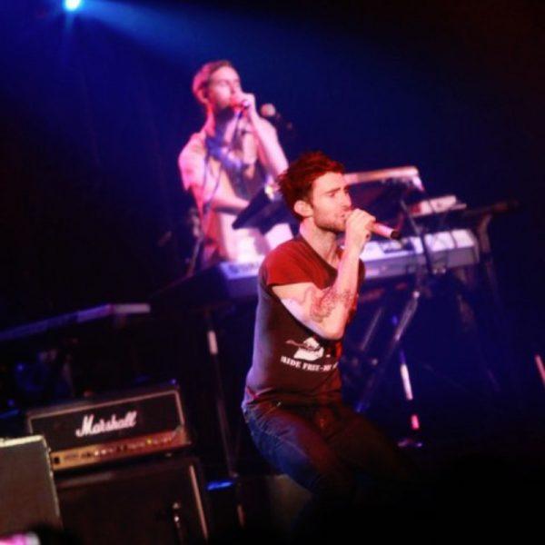 MAROON 5 2011 (15)