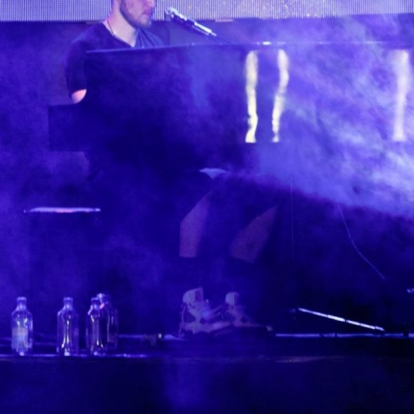 MIKE POSNER 2011 (9)