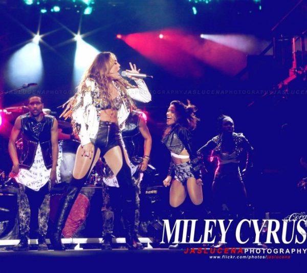 MILEY CYRUS 2011 (3)