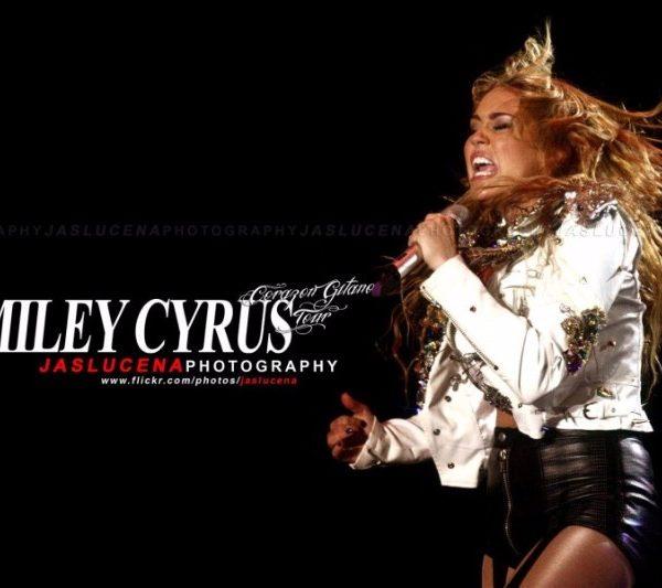 MILEY CYRUS 2011 (5)