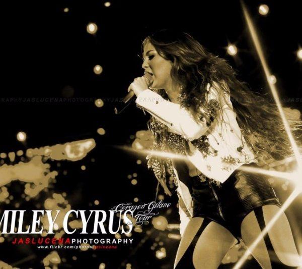 MILEY CYRUS 2011 (6)