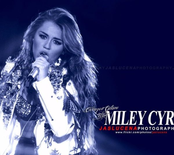 MILEY CYRUS 2011 (9)