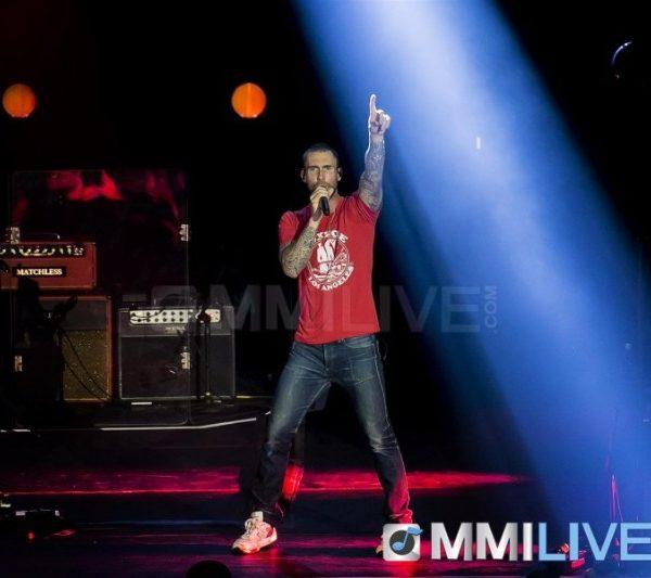 Maroon 5 2015 (1)