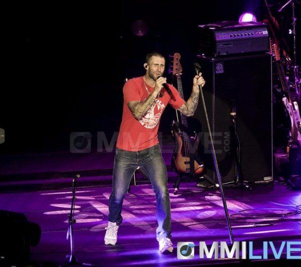 Maroon 5 2015 (12)
