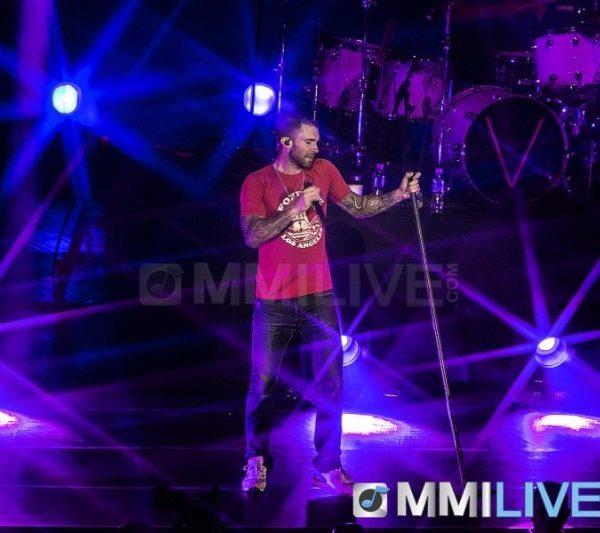 Maroon 5 2015 (13)