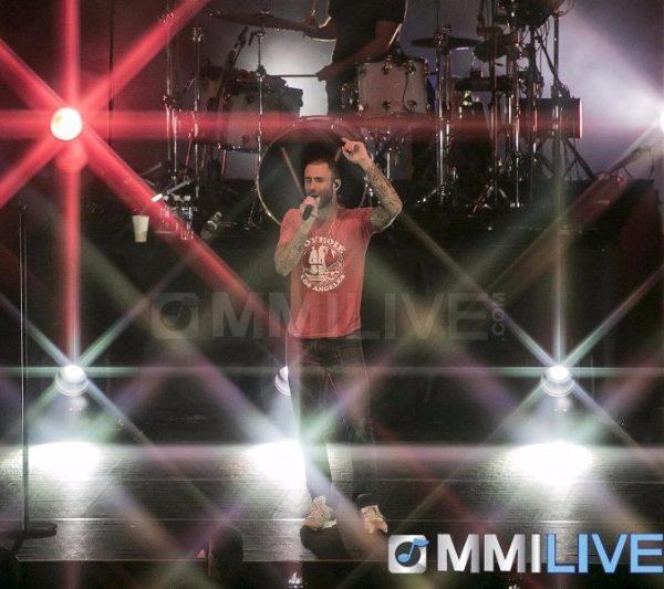 Maroon 5 2015 (3)