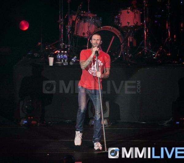 Maroon 5 2015 (5)