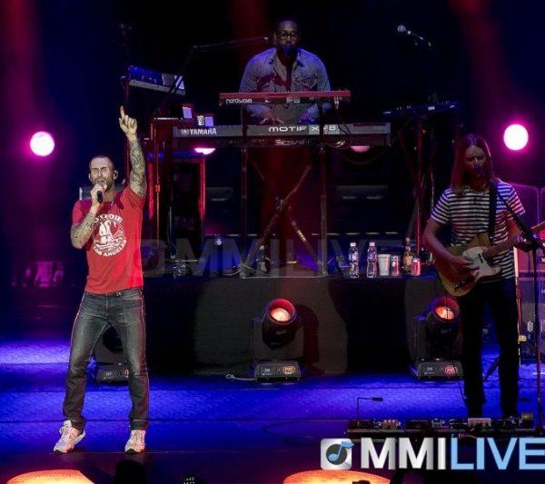 Maroon 5 2015 (7)