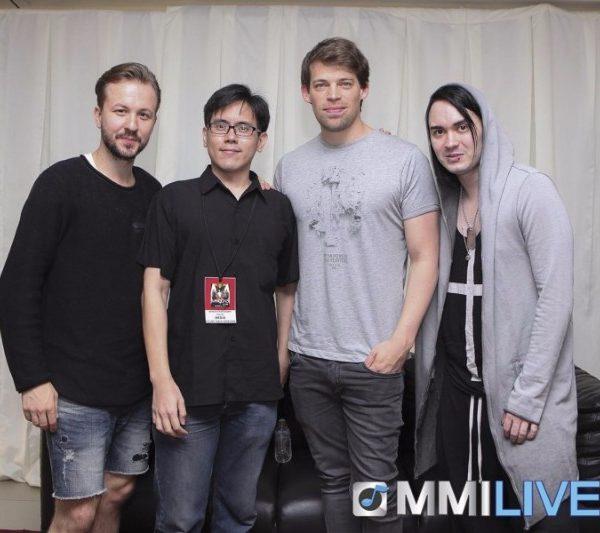Maroon 5 & Dirty Loops Meet and Greet (1)