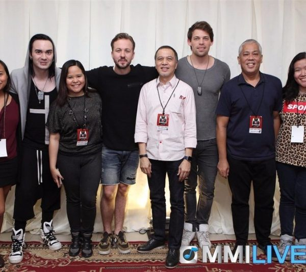 Maroon 5 & Dirty Loops Meet and Greet (11)