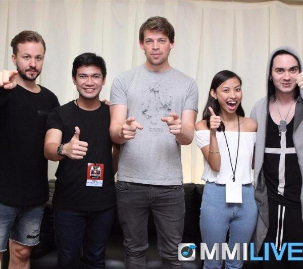 Maroon 5 & Dirty Loops Meet and Greet (4)