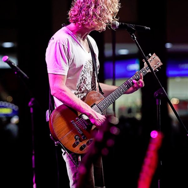RELIENT K LIVE AT AYALA MALLS 2013 (11)