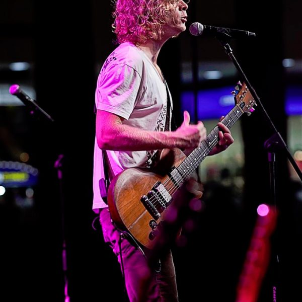 RELIENT K LIVE AT AYALA MALLS 2013 (9)