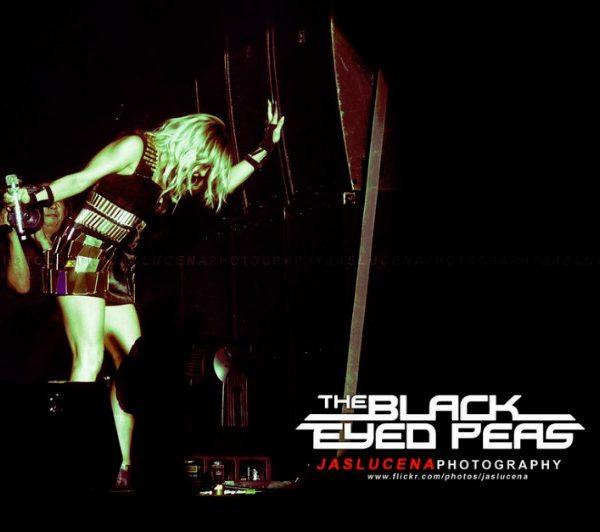 THE BLACK EYED PEAS 2011 (13)