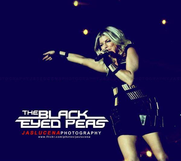 THE BLACK EYED PEAS 2011 (16)