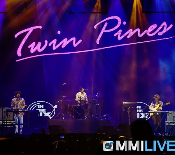 TWIN PINES #INTHEMIX (1)