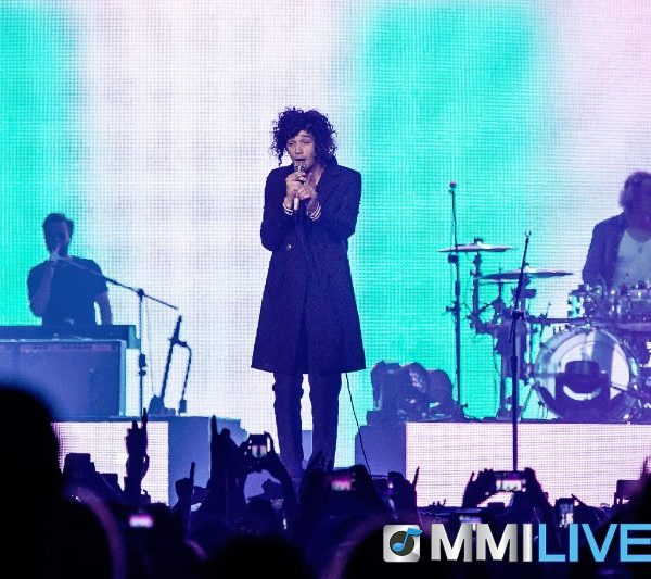 The 1975 #INTHEMIX (4)