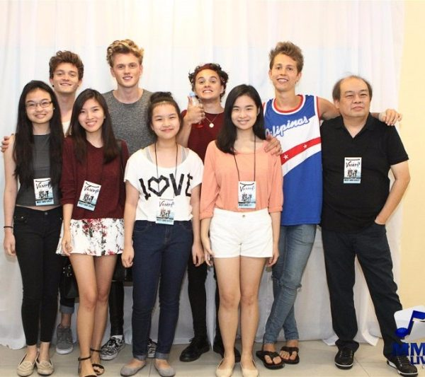 The Vamps - Meet and Greet 2015 (10)