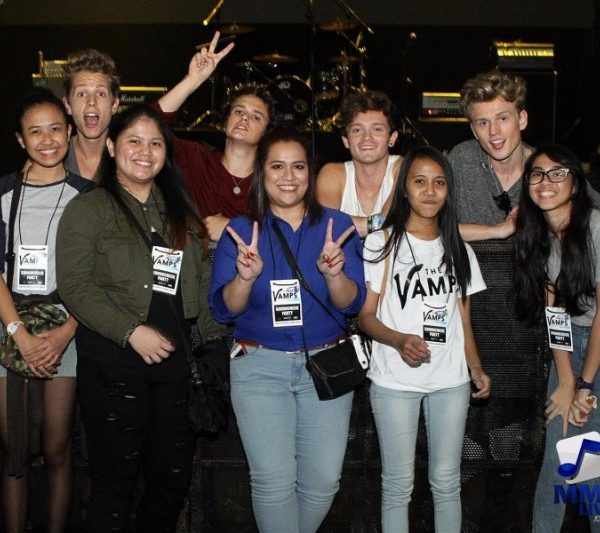 The Vamps - Meet and Greet 2015 (2)